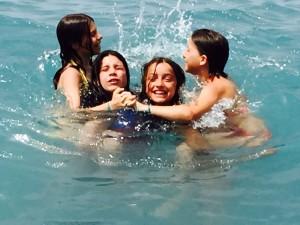 Bambini in acqua